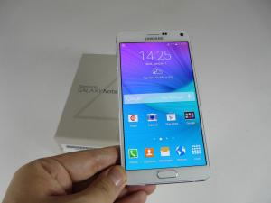 Samsung-Galaxy-Note-4-Unboxing_34.JPG