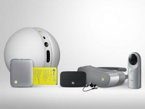 LG-G5-Friends.jpg