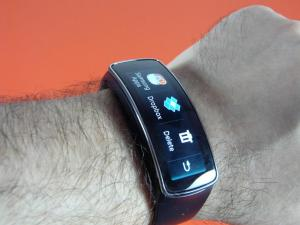 Samsung-Gear-Fit-review-mobilissimo_20.JPG