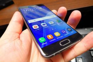Samsung-Galaxy-A5-(2016)_008.jpg