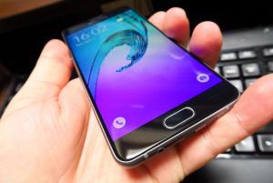 Samsung-Galaxy-A5-(2016)_004.jpg