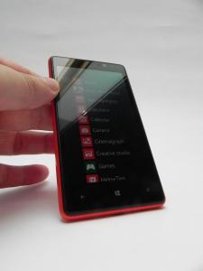 Nokia-Lumia-820-review-GSMDome-com_06.JPG