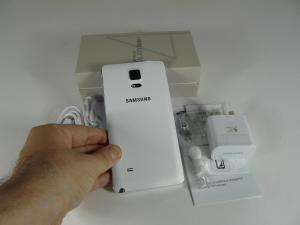 Samsung-Galaxy-Note-4-Unboxing_39.JPG