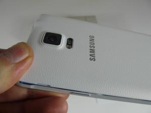 Samsung-Galaxy-Note-4-Unboxing_41.JPG